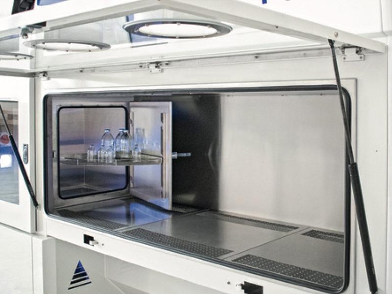 Monmouth Scientific | Products | Laboratory Isolator