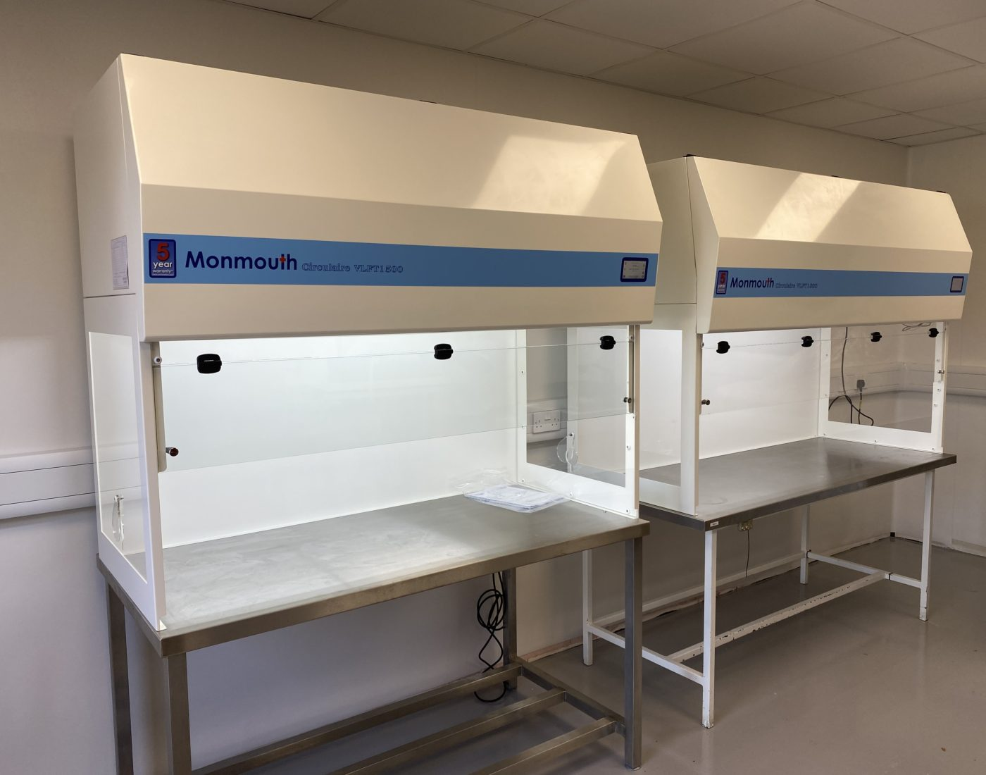 Monmouth Scientific | Products | Vertical Laminar Flow